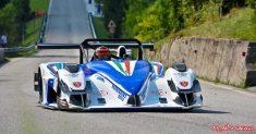 Franco Manzoni tiene alto l'onore della Speed Motor al Nevegal