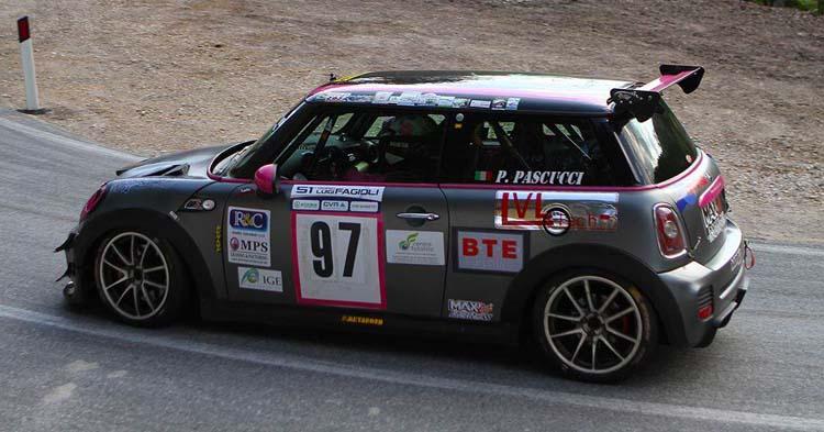 La Scuderia 5 Speed al via della 44ª edizione della Cronoscalata della Castellana