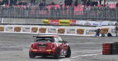 Il Trofeo Italia Gran Turismo, le F1 storiche e il Mini Challenge infiammano il pubblico del Motor Show