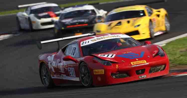Al Motor Show l'apertura è Ferrari