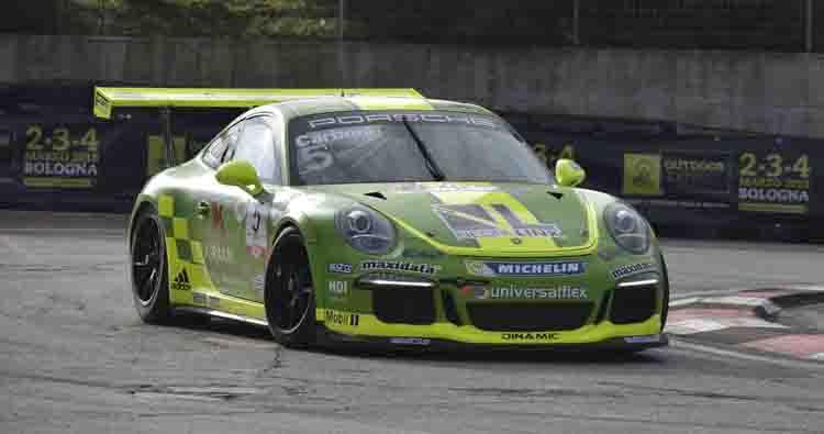 Al Motor Show vittoria di Carboni tra le Porsche. Domani in pista le Supercar del GT e le Autostoriche
