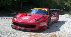 Rottura del motore per la Ferrari 458 di Luca Gaetani