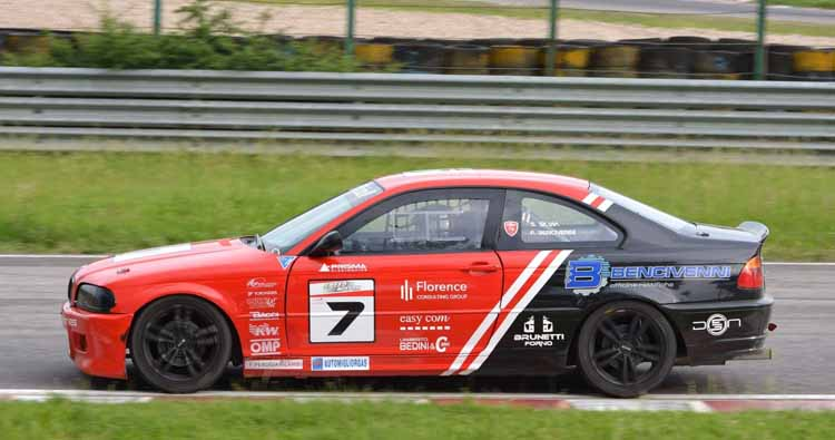 Quinta tappa stagionale della BMW 318 Racing Series a Magione