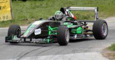 Franco Bertò e la sua Tatuus Formula Abarth 010 impegnati a St. Anton, gara del campionato austriaco