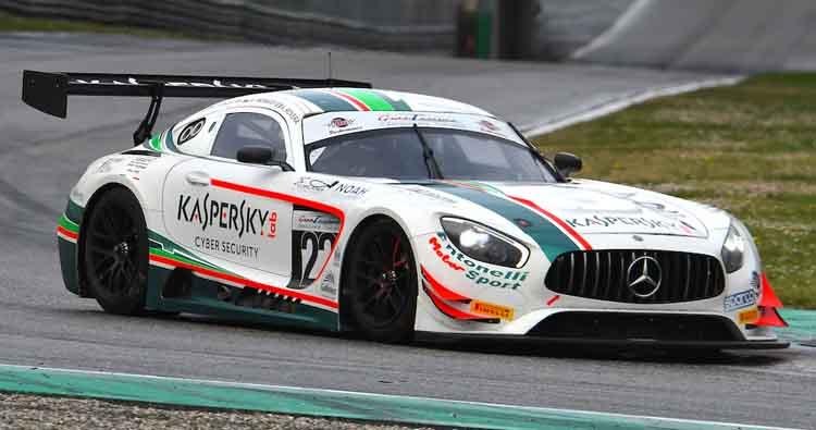 Rovera alla prima del Tricolore GT Sprint a Vallelunga su Mercedes