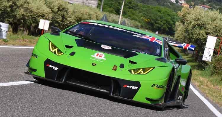 Lamborghini Huracan, Avon e Peruggini vincono e convincono nella quinta prova del CIVM a Morano Calabro