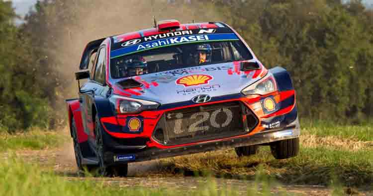 Thierry Neuville e la Hyundai i20 Coupè WRC in gara al Rallylegend 2019!