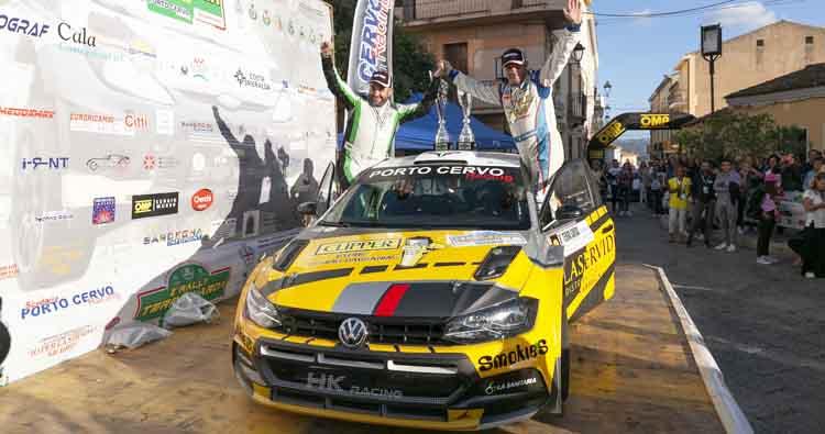 Musselli e Mele (Volkswagen Polo R5) vincono il Rally Terra Sarda. Decisiva l'ultima prova speciale